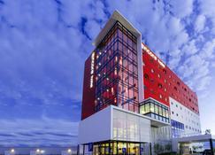 安可圣路易斯波托西华美达酒店 - 圣路易斯波托西 - 建筑