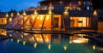 罗切斯特巴里洛切酒店 - 圣卡洛斯-德巴里洛切 - 游泳池