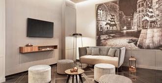不来梅H5+酒店 - 不莱梅 - 客厅