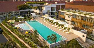 鸟园酒店 - 暹粒 - 游泳池