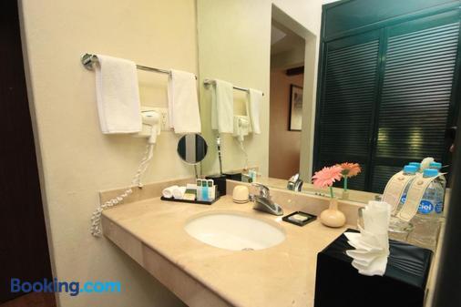 梅赛德斯圣克里斯托瓦尔别墅酒店 - 圣克里斯托瓦尔-德拉斯卡萨斯 - 浴室