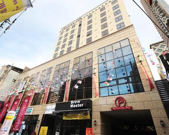 大邱东城路二月酒店 - 大邱 - 建筑