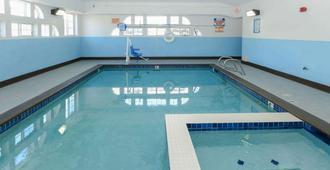 科罗拉多泉/众神花园温德姆贝蒙特酒店 - 科罗拉多斯普林斯 - 游泳池