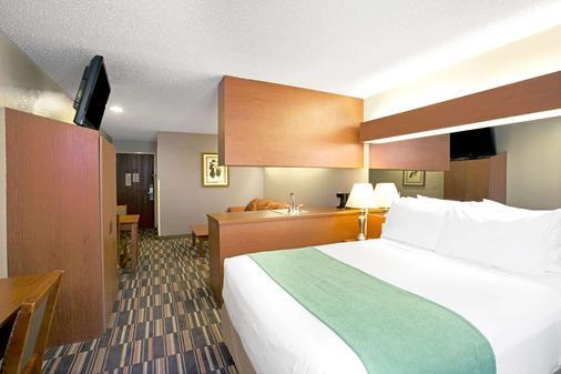 切诺基温德姆麦克罗特客栈&套房酒店 - 切罗基(北卡罗来纳州) - 睡房