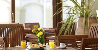 密特西斯维塔海滩酒店 - 罗德镇 - 餐馆