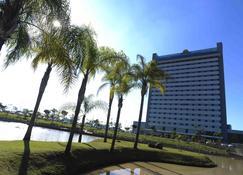 赖尼亚巴西酒店 - 阿帕雷西达 - 建筑