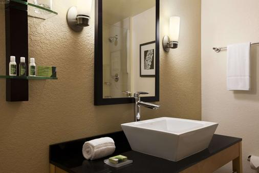 迈阿密机场-蓝色泻湖坎布里亚酒店 - 迈阿密 - 浴室