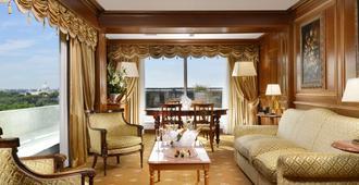 帕克德普林西皮酒店 - 罗马 - 客厅