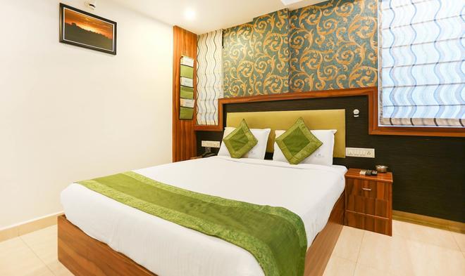 特瑞博埃尔马斯酒店 - 班加罗尔 - 睡房