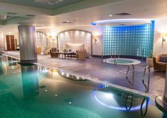 华沙丽晶酒店 - 华沙 - 游泳池