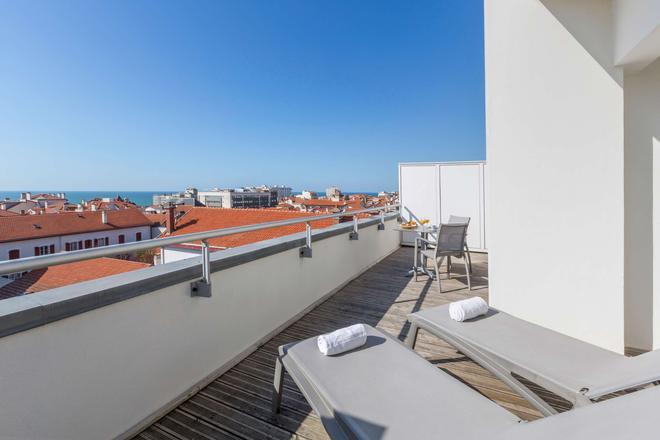 科马里西佳酒店 - 比亚里茨 - 阳台