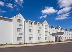 温德姆荷兰德米克罗套房酒店 - 霍兰(密歇根州) - 建筑