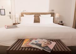 96号酒店 - 马赛 - 睡房