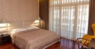 波希米亚酒店 - 地拉那 - 睡房
