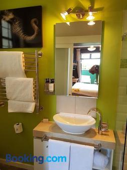德温特房屋酒店 - 开普敦 - 浴室
