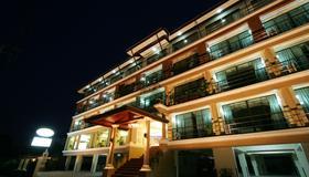 九里公寓 - 曼谷 - 建筑