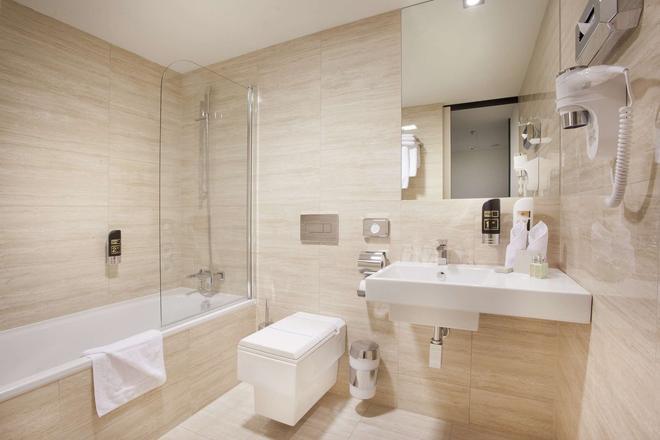 布拉格格兰迪尔酒店 - 布拉格 - 浴室