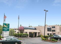 优质酒店 - 南菲尔德 - 建筑
