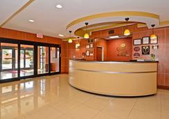 康福特套房酒店 - 巴拿马城/廷德尔 - 巴拿马城 - 大厅