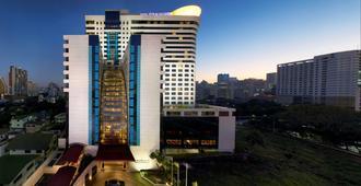 曼谷中庭酒店 - 曼谷 - 建筑