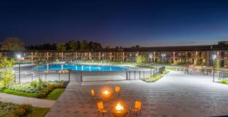 温德姆兰卡斯特度假村及会议中心 - 兰开斯特 - 游泳池