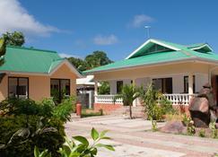 兰花自助式公寓酒店 - La Digue Island - 建筑