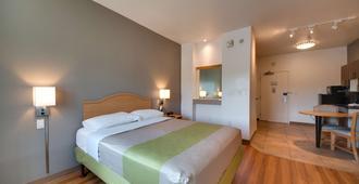 德克萨斯布朗斯维尔 6 号汽车旅馆 - 布朗斯维尔 - 睡房