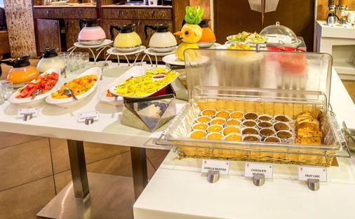 维萨卡帕特南罗克代尔克拉科斯旅馆 - 維沙卡帕特南 - 自助餐