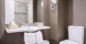 阿万多酒店 - 毕尔巴鄂 - 浴室