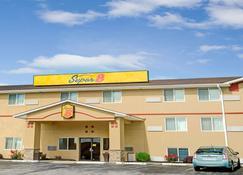 独立城堪萨斯城速8酒店 - 独立城 - 建筑
