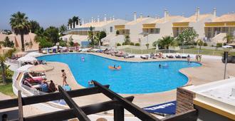 大尖度假村 - 阿尔布费拉 - 游泳池