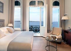 波希多尼昂达酒店 - 斯派赛斯 - 睡房