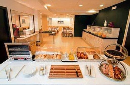 帕拉莱尔酒店 - 巴塞罗那 - 自助餐