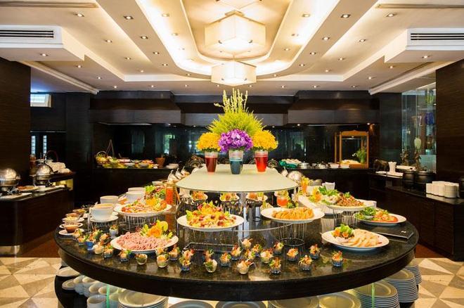 昭披耶公园酒店 - 曼谷 - 自助餐