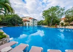 席卡瑞西方大飯店 - 式 - 卡门海滩 - 游泳池