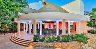 伊施卡瑞特西方度假酒店-式 - 卡门海滩 - 建筑
