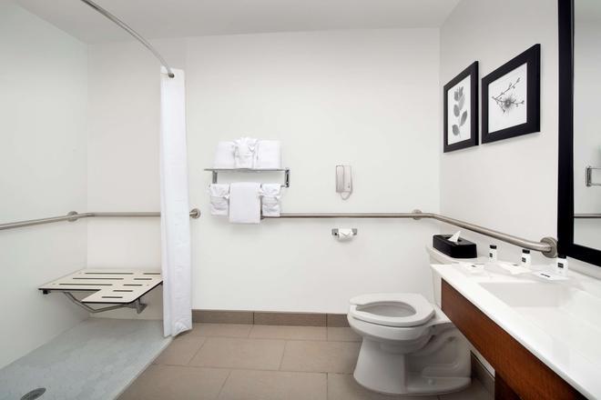 休斯顿洲际机场东丽怡酒店 - 亨博尔 - 浴室