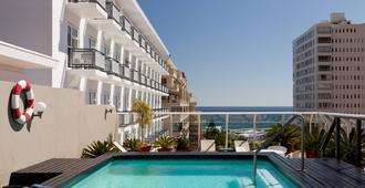 开普敦海点Protea酒店 - 开普敦 - 游泳池