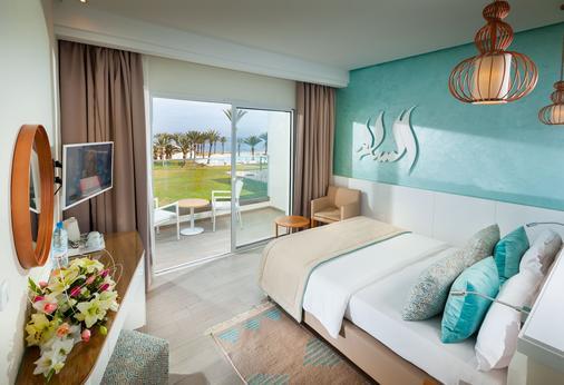 森希玛尔希黑里萨德式酒店 - 仅限成人入住 - 苏塞 - 睡房