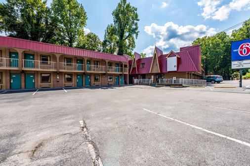 加特林堡大烟山6号汽车旅馆 - 加特林堡 - 建筑
