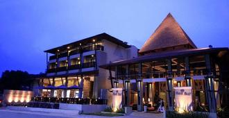 安娜塔布里度假酒店 - 奥南 - 建筑