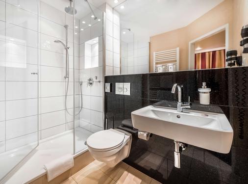 阿尔托那拉斐尔贝斯特韦斯特酒店 - 汉堡 - 浴室