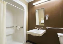温哥哥伦比亚诺奇路区米克罗酒店 - 哥伦比亚 - 浴室