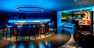 莲花塔楼俱乐部 - 曼谷 - 酒吧