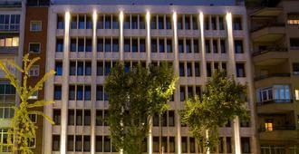 Nh马德里普林西德维尔盖拉酒店 - 马德里 - 建筑