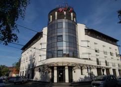 雷吉纳酒店 - 蒂米什瓦拉 - 建筑
