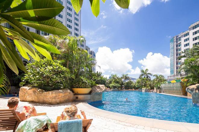 香港九龙海湾酒店 - 香港 - 游泳池