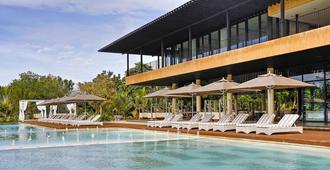 阿莫里塔度假村 - 邦劳 - 游泳池
