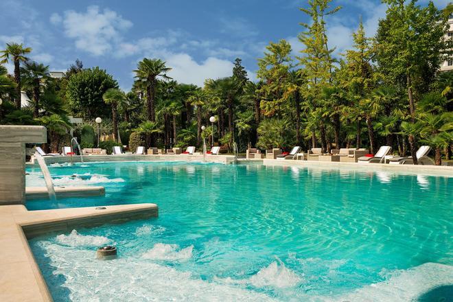 阿巴诺大酒店 - 阿巴诺泰尔梅 - 游泳池
