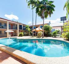 热带昆士兰酒店